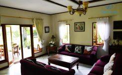 villa-banny-flowers-house-puncak-4